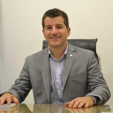 Carlos-Dolce-presidente.jpg